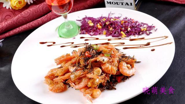 干煸羊肉、蒜香大虾、五花肉煸土豆、肉末炒豆角的家常做法