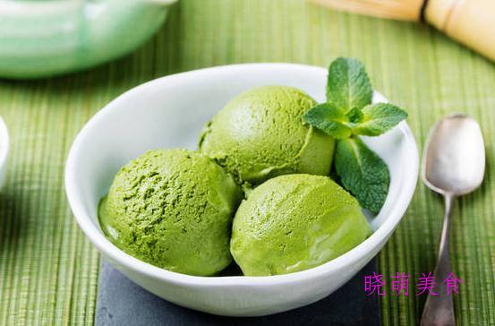 芒果酸奶雪糕、牛奶雪糕、草莓冰淇淋、巧克力冰淇淋的家常做法