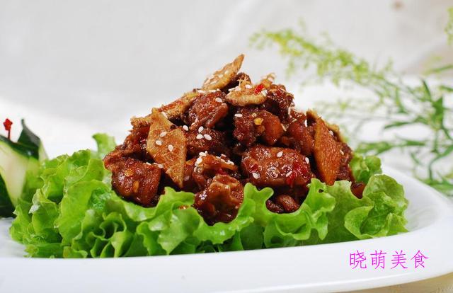 黄焖鸭、酱香兔丁、芹菜炒猪肝、尖椒肥肠的家常做法