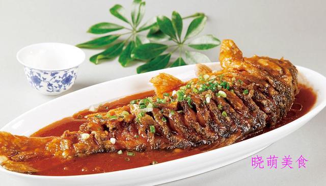 辣烧鲤鱼、红根牛肉、爆牛肉、香辣鸭的家常做法