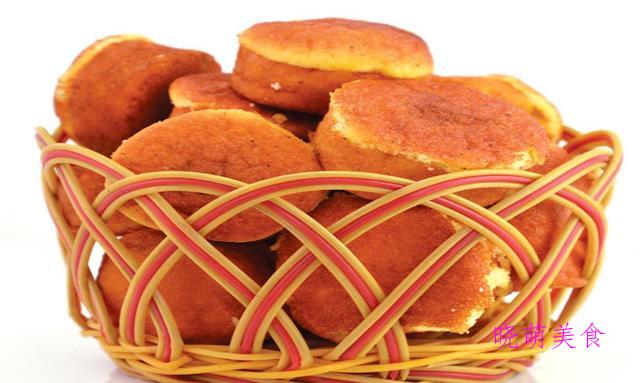 鸡蛋糕、小四卷、奶酪土豆球、山楂糕、枣泥酥的家常做法