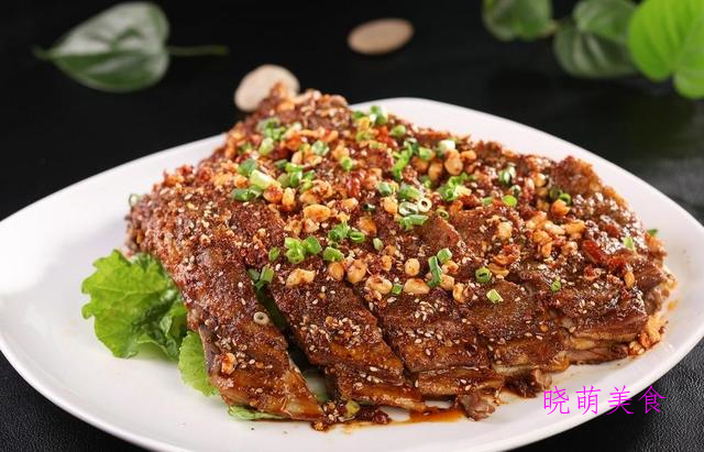 红烧鸭块、香煎羊排、酱香排骨、牛腩煲的家常做法