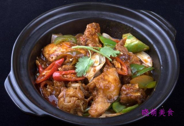 香干炒肉、烧翅中、鱼头煲、脆皮鸭的家常做法