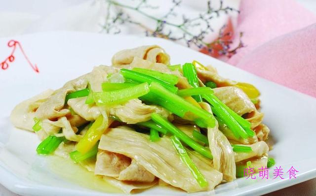 醋溜白菜、白菜炒豆腐、葱香芋头、酸辣土豆丝、青炒腐竹的做法