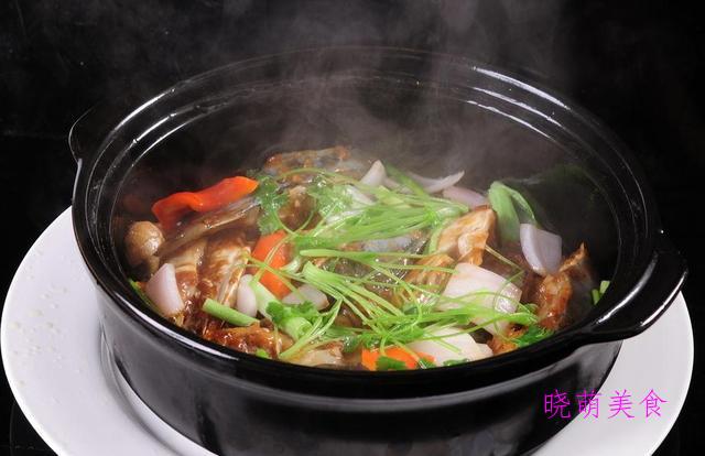 糖醋鸡柳、黄豆辣炖猪蹄、全鱼砂锅煲、菠萝炒肉的家常做法