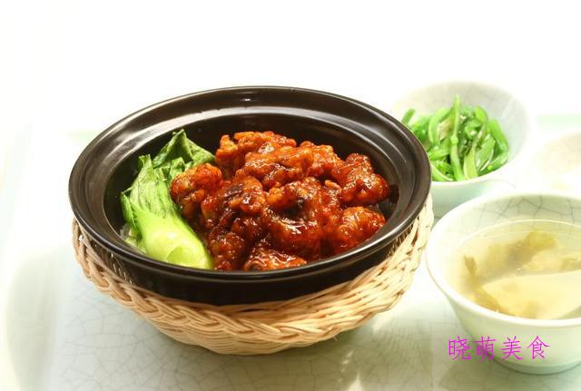 腐乳烧肉、香辣茄子煲、肉末粉丝煲、糖醋排骨煲的家常做法