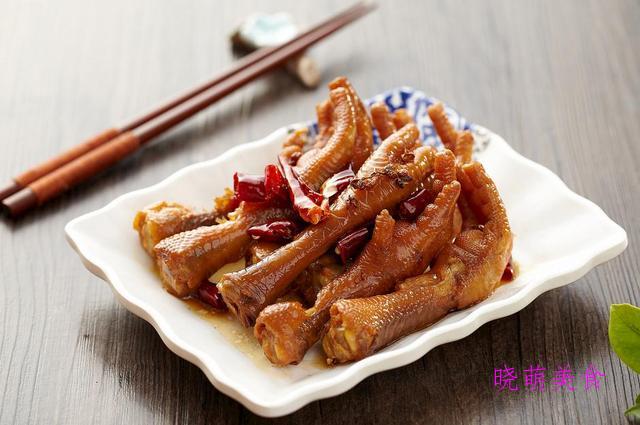 五香花生、酒鬼花生、凉拌豆腐干、麻辣鸡爪、凉拌肉的家常做法