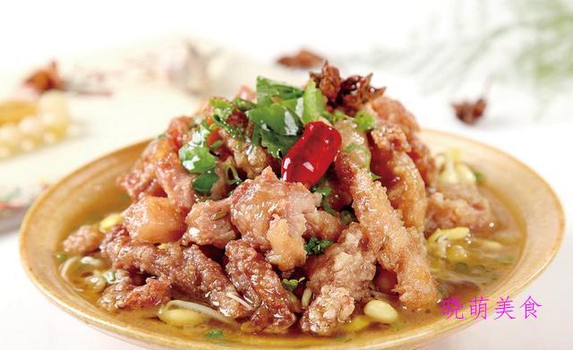 莲藕烧牛肉、蒸酥肉、牛肉粉丝煲、凉盘葱油鸡的家常做法