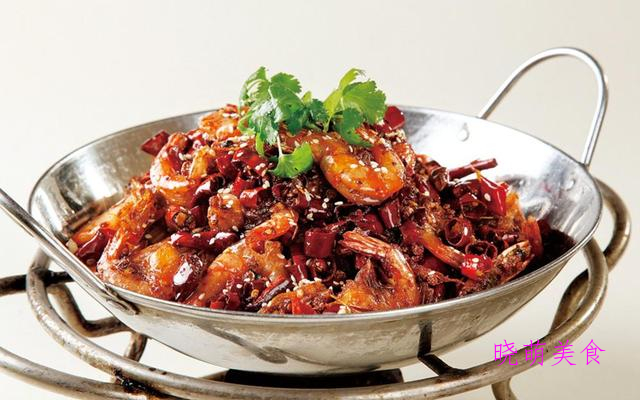 干锅鸭头、香辣干锅虾、干锅猪蹄、糖醋鲈鱼的家常做法