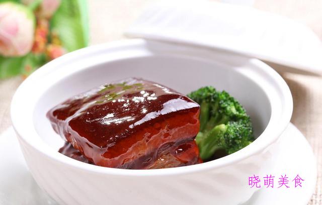 豇豆扣肉、传统东坡肉、糯米鸡、尖椒炒肉丝的家常做法