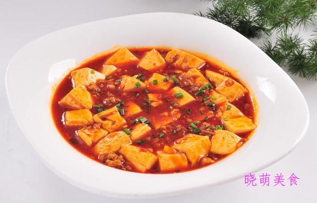 火爆肥肠、黄焖猪手、鱼香豆腐、香辣土匪鸭的家常做法