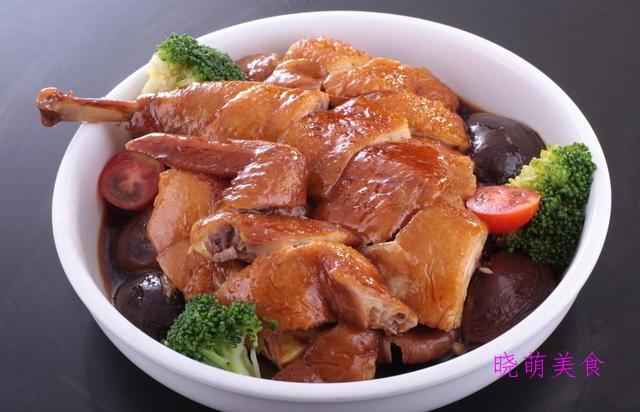 卤鸡、豆角焖肉、辣烧土豆排骨、酸辣肉丝、蒜烧鱼块的家常做法