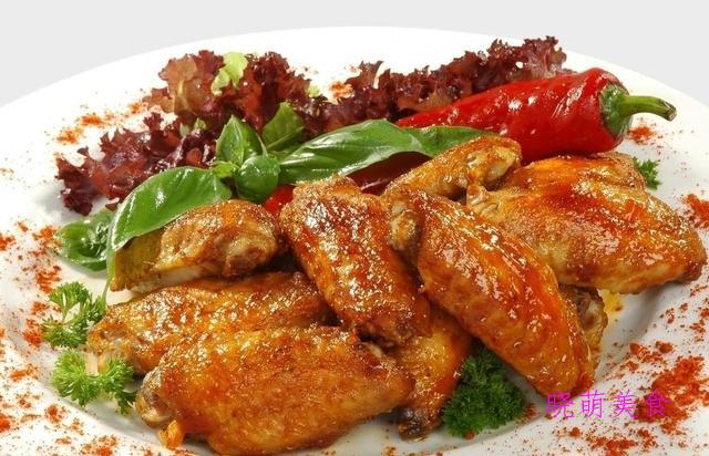 五香牛腩、黄豆焖鸡爪、香辣鸡翅、酸菜牛肉的家常做法
