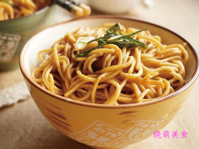 葱油面、酸汤水饺、鸡蛋炒面、酸辣小面、猪油拌面的家常做法