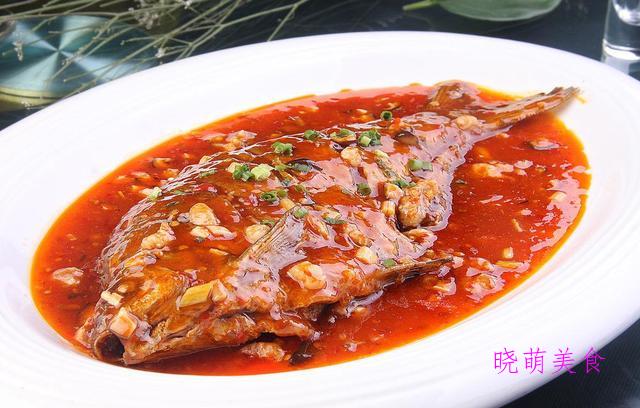 红烧黄骨鱼、红烧豆腐丸子、酱烧鲳鱼、四川酥肉的家常做法