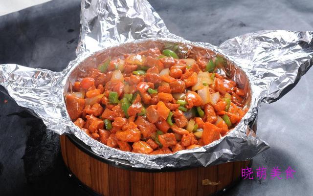 毛血旺火锅、豆豉香干、豆花鸡、宫保肉丁的家常做法