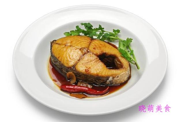黑椒牛仔骨、香煎鲅鱼、芋头烧肉、干锅腊肉、锡纸牛肉的家常做法