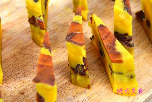 豌豆糕、烤肉串、酸辣荞麦面、酸辣粉丝、红豆糯米糕的家常做法
