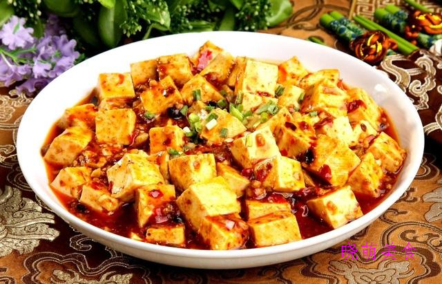 剁椒牛肉、芋头焖排骨、麻辣豆腐煲、焦糖排骨的家常做法