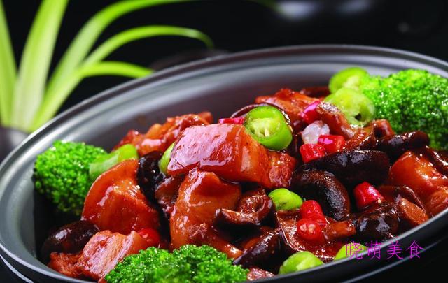 酱焖黄花鱼、陈皮扣肉、山楂小排、干烧鸡块的家常做法