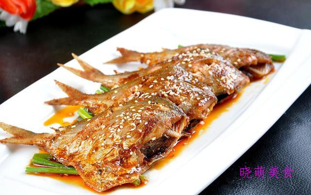 鸡腿香菇煲、大鹅炖土豆、醉排骨、冬笋蒸咸肉的家常做法