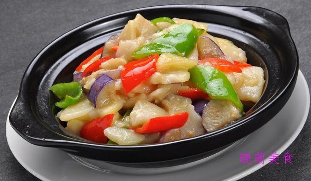 土豆烧茄子、酱汁杏鲍菇、香菇炒油菜、酸辣藕带的家常做法
