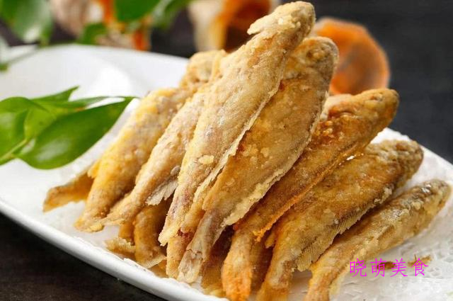 秘制牛肉、酱烧牛蹄筋、香辣钉螺、酥炸小黄鱼、泡椒猪皮的做法