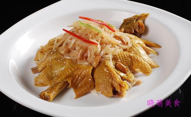 柠檬手撕鸡、孜然杏鲍菇、葱爆牛肉、双椒炒肉、栗子鸡的家常做法