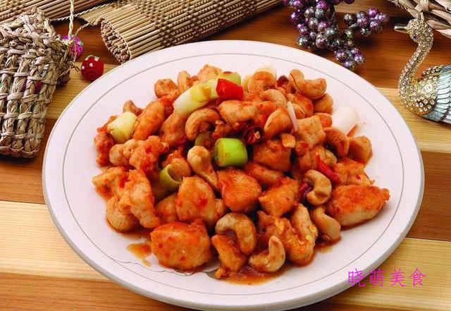 麻辣子鸡、辣炒猪肚、鱼香鸡丁、干煸土豆片的家常做法