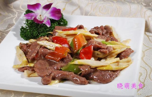 香辣牛肉干、福鼎肉丸、香菜炒肉、糯米排骨的家常做法