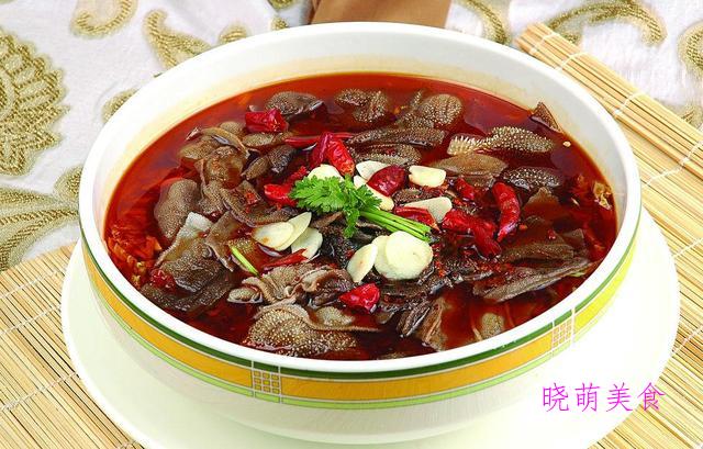 泡椒鸭掌、麻辣牛肚、软炸虾仁、生爆牛肉的家常做法
