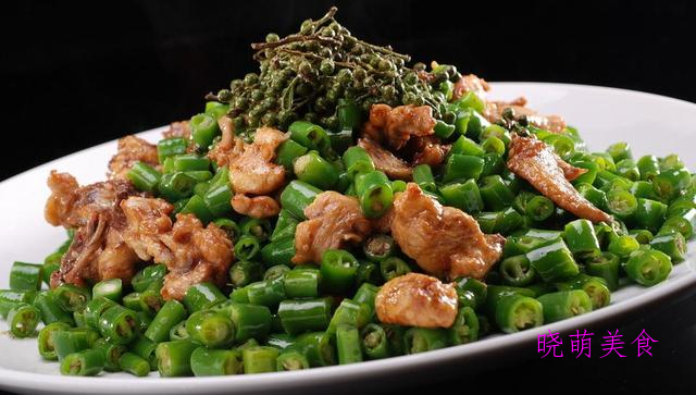 辣炒鸡丁、香辣鱿鱼须、麻辣口水鸡、蒜炒花甲的美味做法