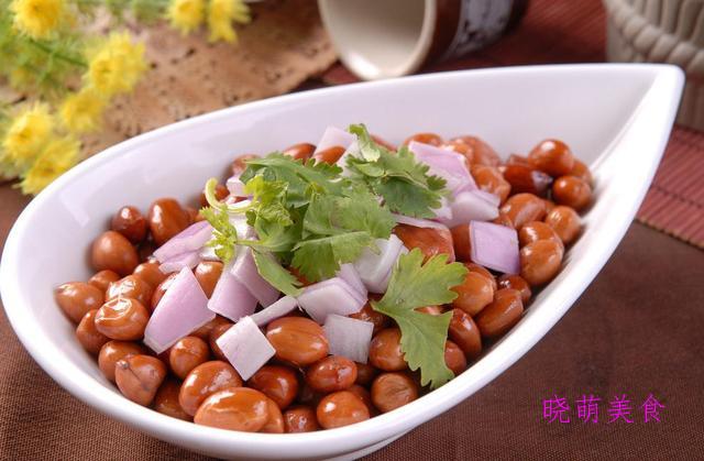 番茄土豆烧牛肉、糟卤鸭舌、干炒排骨、糖醋花生米的家常做法