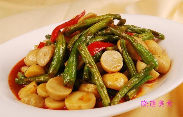 蟹粉狮子头、菠萝炒肉、土豆烧豆角、响油鳝丝的家常做法