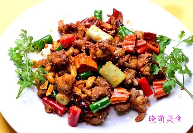 原味手抓羊肉、豆芽炒肉、土豆牛肉煲、辣子肉的家常做法