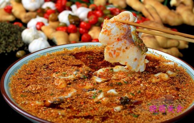 红烧鲫鱼、干炸小虾、冬瓜烧排骨、麻辣酸菜鱼的家常做法