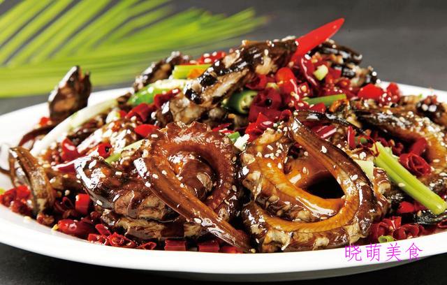 香辣藤椒鸡、盘龙鳝鱼、鲜虾粉丝煲、烤鸡心的做法