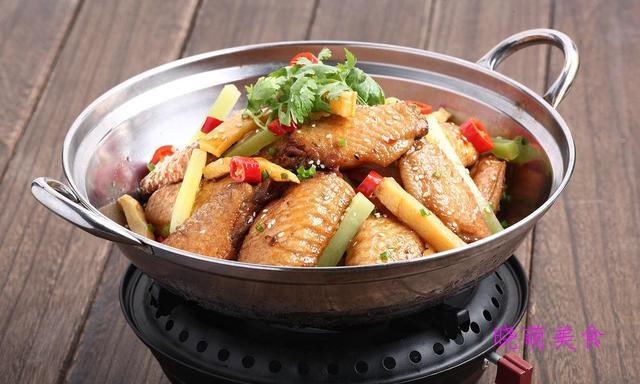 卤鸡块、鸡翅土豆煲、啤酒鹌鹑蛋的家常做法
