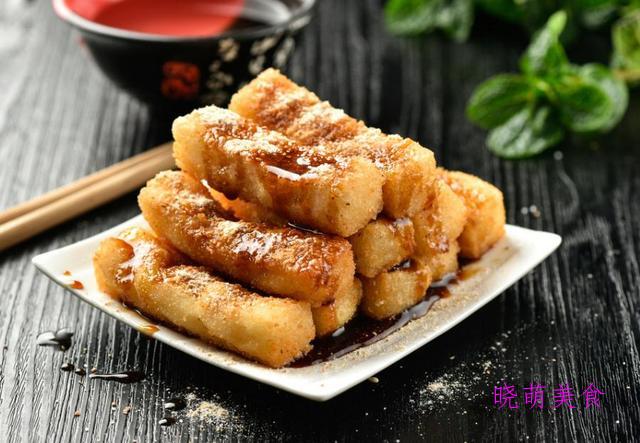 奶香烤玉米、红糖糍粑、简易三明治、麻辣皮皮虾、五香鸭脖的做法