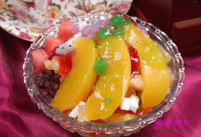 橙子慕斯杯、草莓慕斯杯、木瓜酸奶慕斯、甜酒酿、水果冰粥的做法