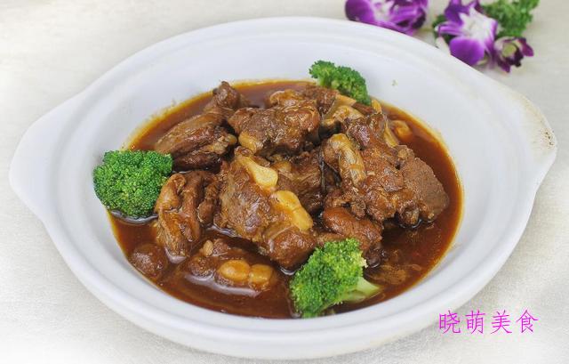 萝卜烧肉、芋头烧排骨、萝卜干炒腊肉、金汤鱼片的家常做法