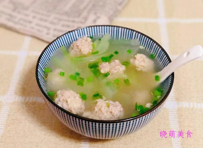 冬瓜肉丸汤、山菌鸡汤、萝卜牛腩汤、上汤娃娃菜的美味做法