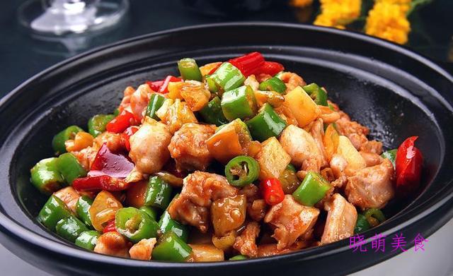 鲜椒红烧兔、干煸牛肚、烤鸡肉串、五香牛肉的家常做法