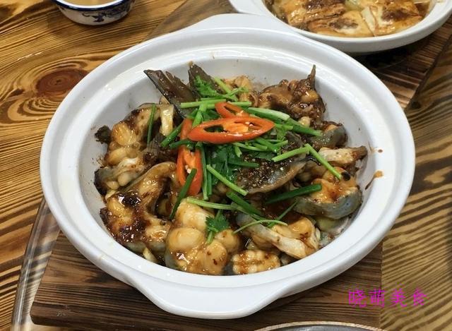 小鸡土豆煲、土豆炖肉、三汁焖鱼的家常做法
