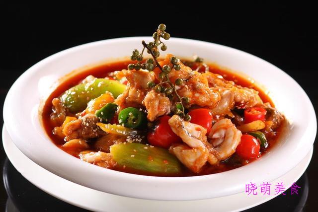 馋嘴牛蛙、川味鱼片、麻辣羊蝎子、胡萝卜牛腩煲的家常做法