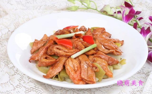辣牛肉、辣卤牛肚、尖椒爆大肠、锡纸鱼的家常做法