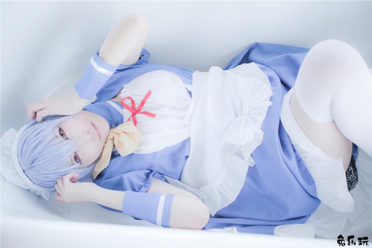极品软萌妹子的白丝女仆装套图,这可爱的不是一点点!