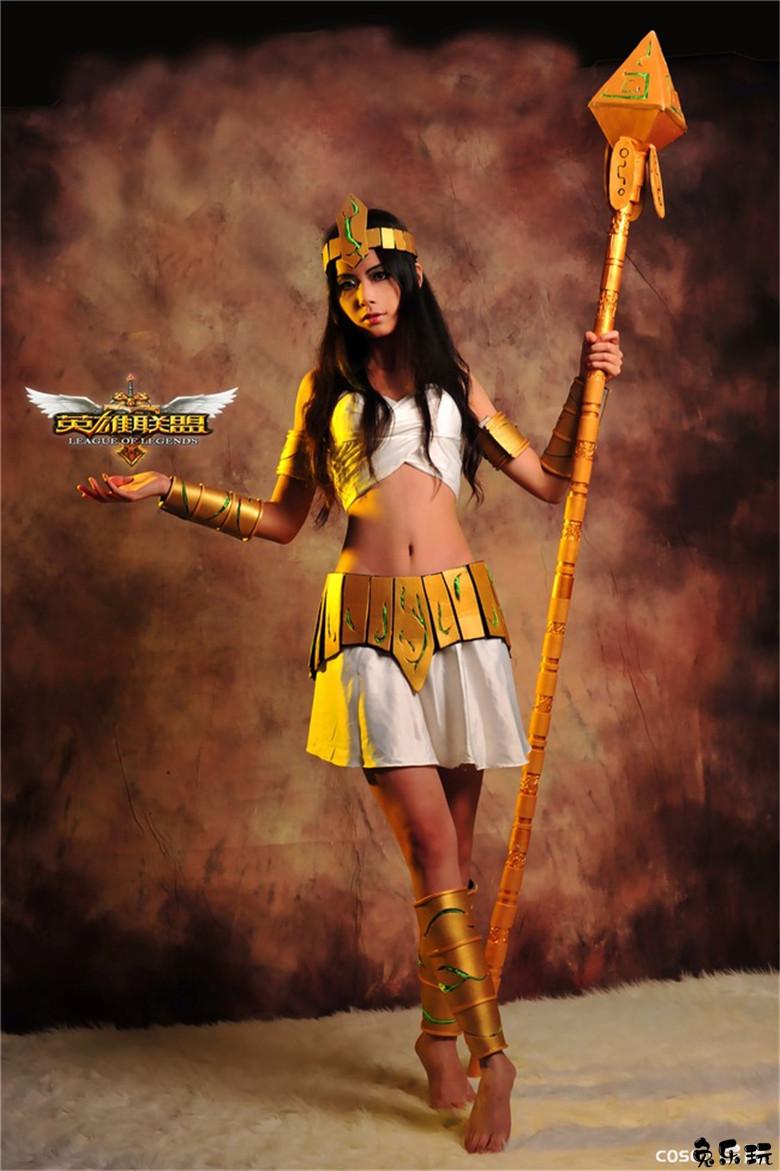 00星丽00 cosplay作品图片欣赏——英雄联盟cos·狂野女猎手奈德丽·九尾妖狐阿狸