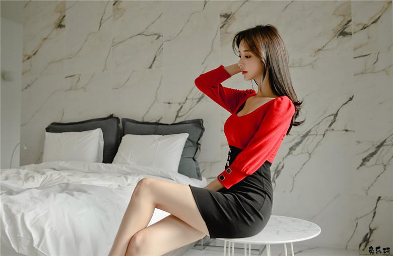 名模孙允珠:樱桃布朗尼圣诞甜美风拼色裙(19P)