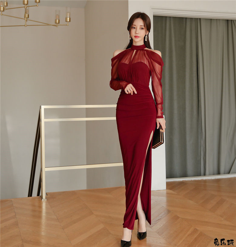 名模孙允珠:烟雨杏红琵琶石榴娇露古典裙(19P)